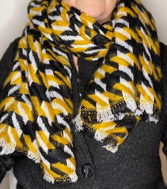 Motief sjaal geel/zwart/wit