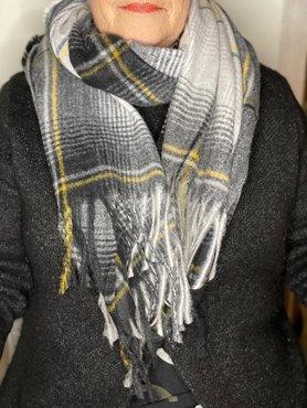 Zwart/wit/geel geblokte sjaal